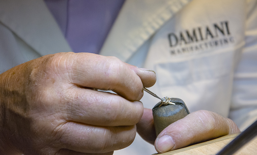 Rocca and Damiani present: how a jewel is born