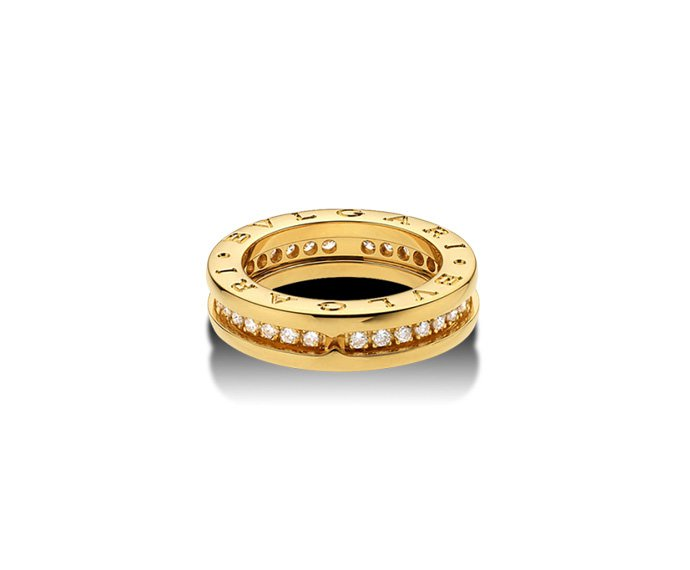 BULGARI - 1 band ring in yellow gold 18 K with pavé of diamonds
