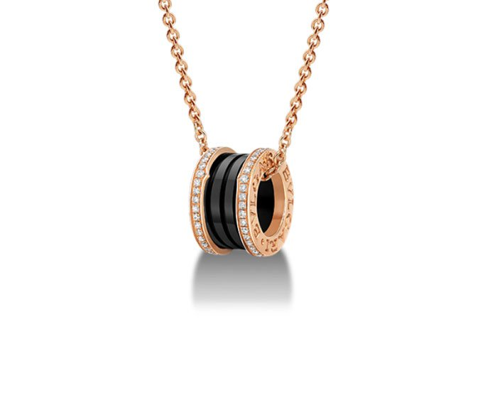Bulgari - Pendant in pink gold 18 K and black ceramic with pavé of diamonds