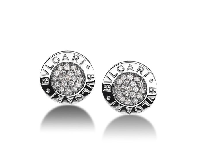 Bulgari - Stud earrings in white gold 18 K with pavé of diamonds