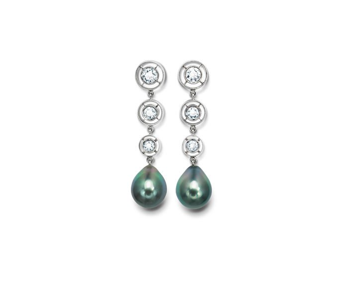 Calderoni - Earrings in white gold, diamonds and pearls