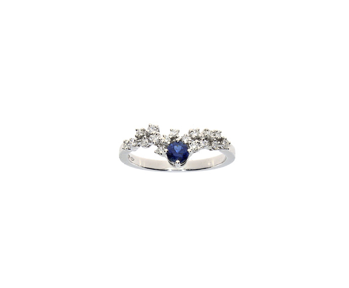 White gold, Diamonds and sapphires ring