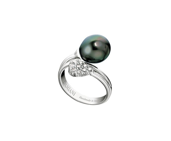 Damiani - White gold, diamonds and Tahiti pearls ring