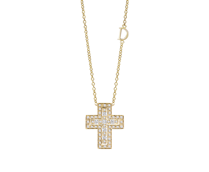DAMIANI - Yellow gold and diamonds necklace. Cross size: Length 19mm. Width 16mm.