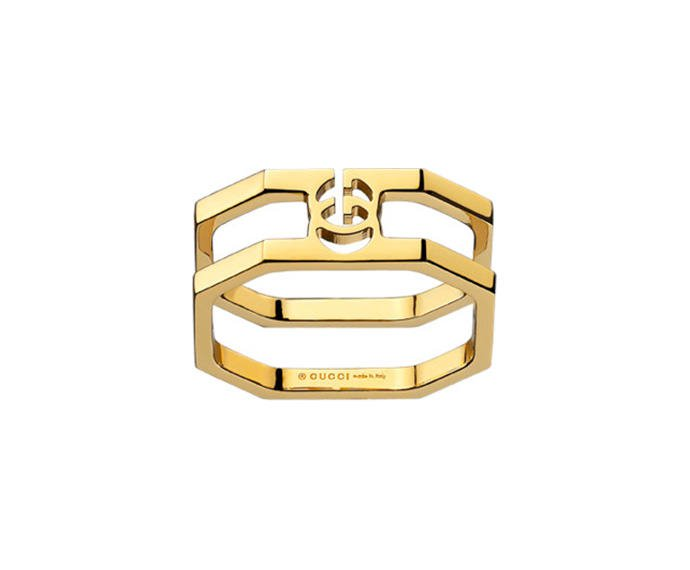 Gucci - Ring in yellow gold 18 K with Running G detail