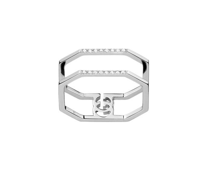 GUCCI - Ring in white gold 18 K and diamonds (tot. 0.06 K) with Running G detail